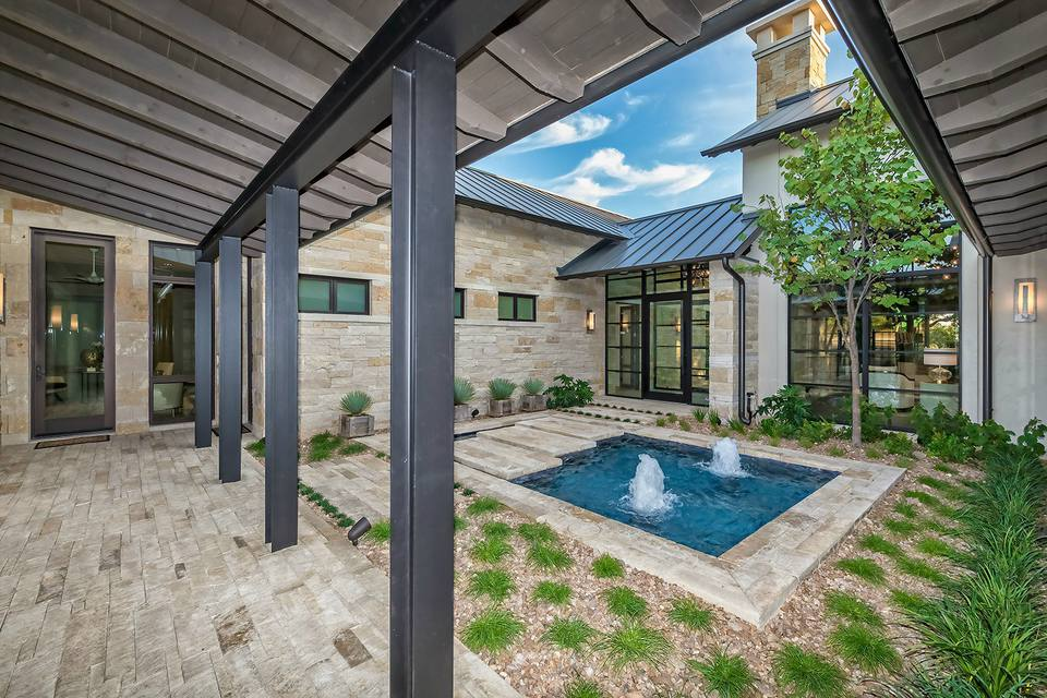 50 Spectacular Swimming Pool Water Features on narrow patio designs, small side yard landscaping, small backyard landscaping, a very small yard landscaping, red plants for landscaping,