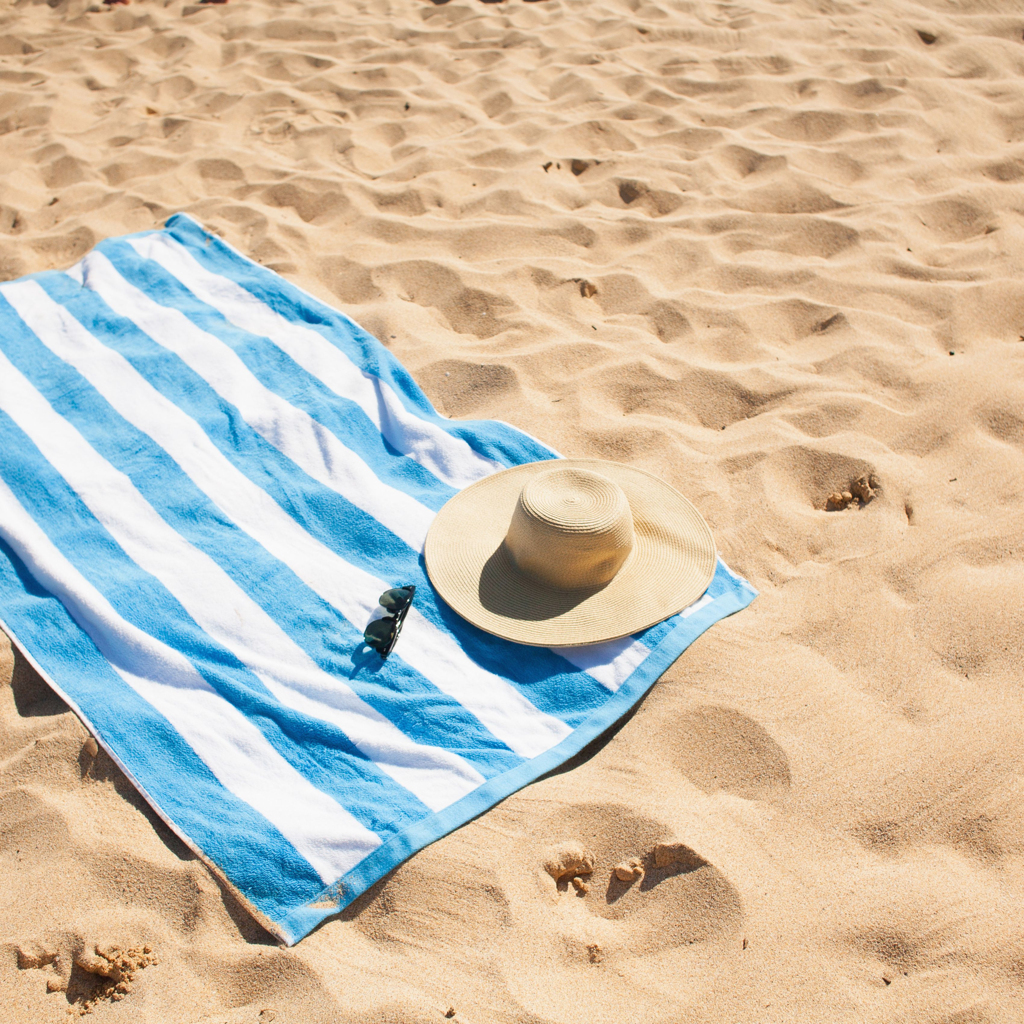 Lower Price with Lounge Chair Beach Towel Cover Microfiber Pool Lounge Chair Cover With Pockets Holidays Sunbathing Quick Drying Terry Towels Refreshing And Beneficial To The Eyes Home Textile