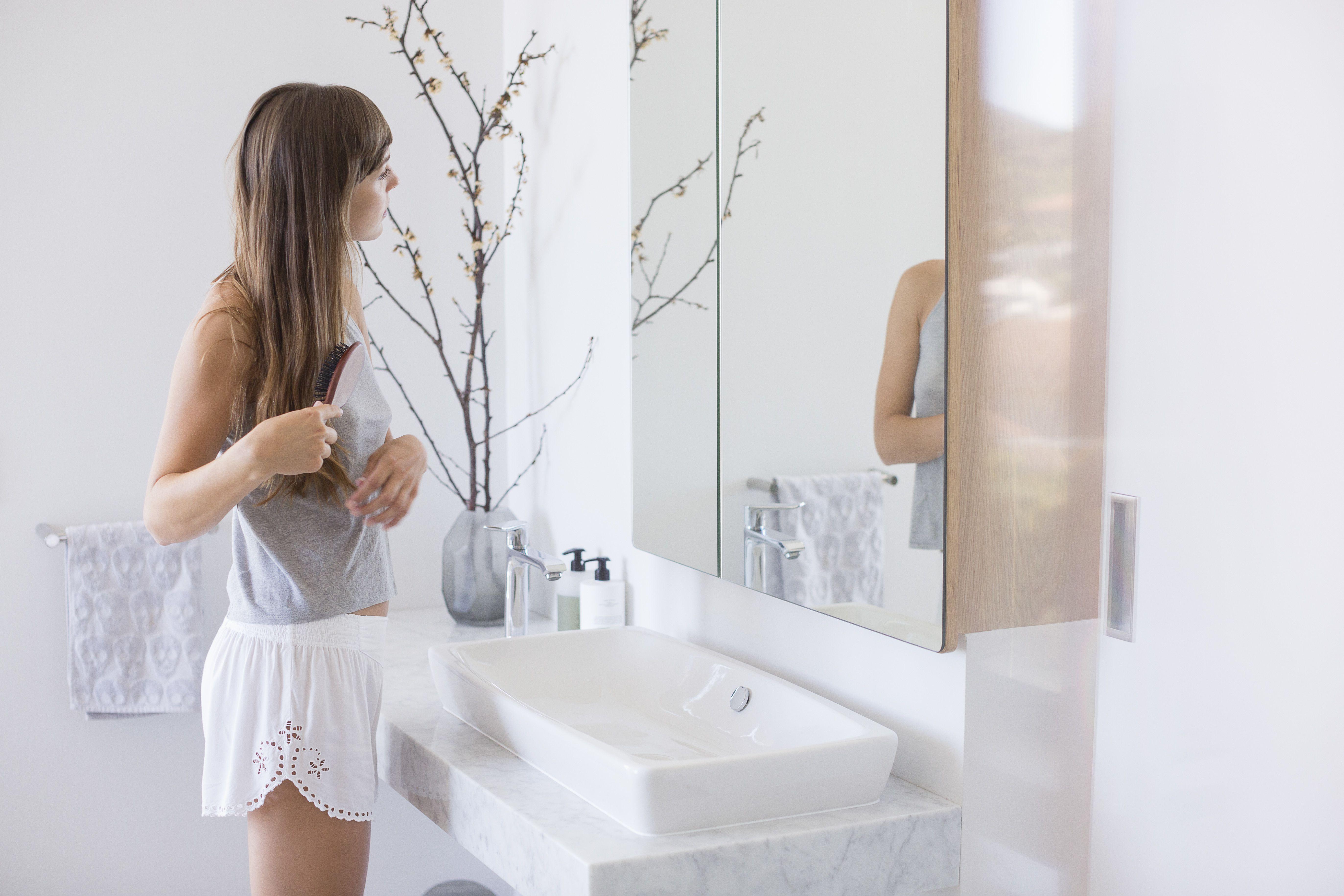 The 7 Best Powder Room Vanities