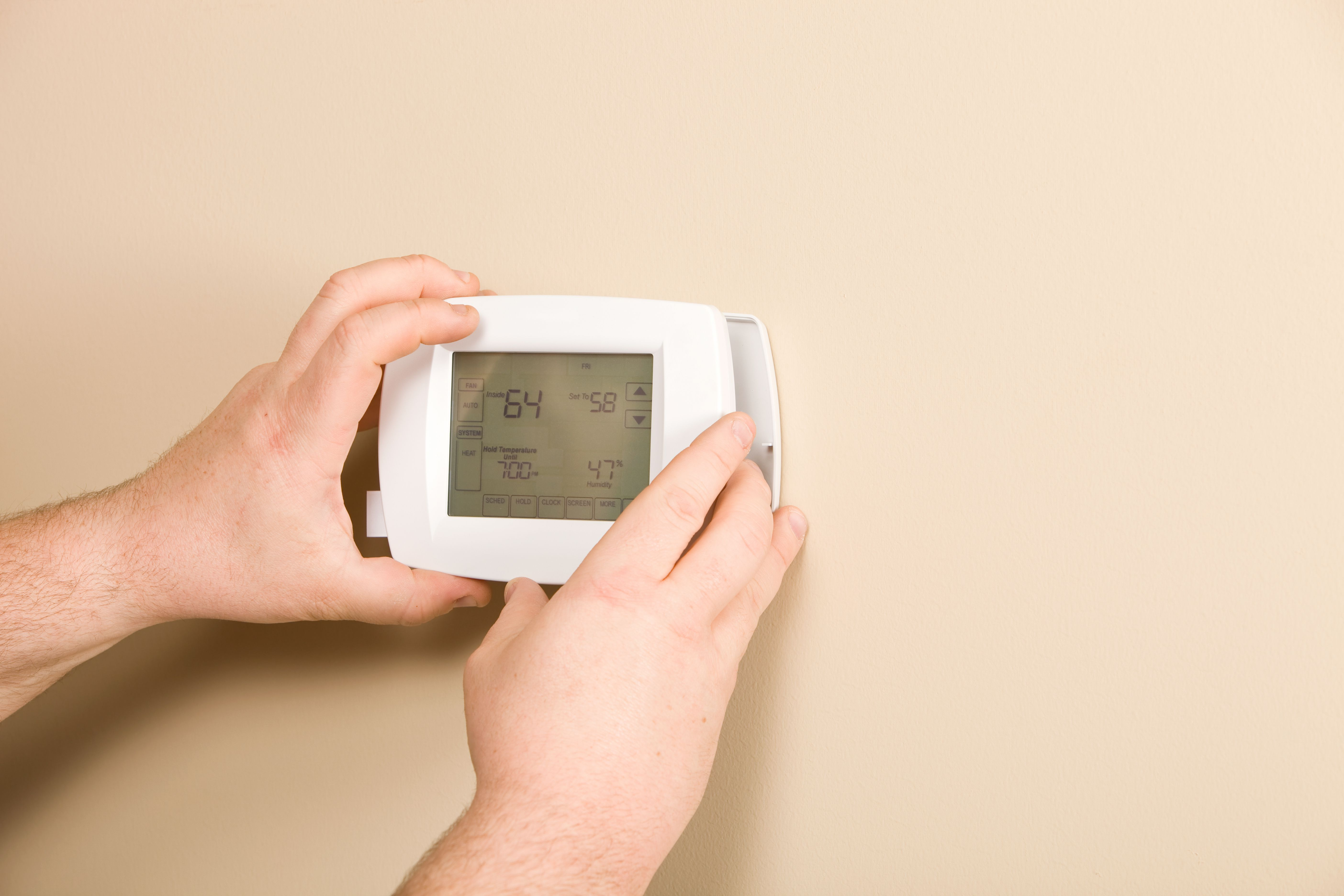 How to Troubleshoot a Low-Voltage Thermostat