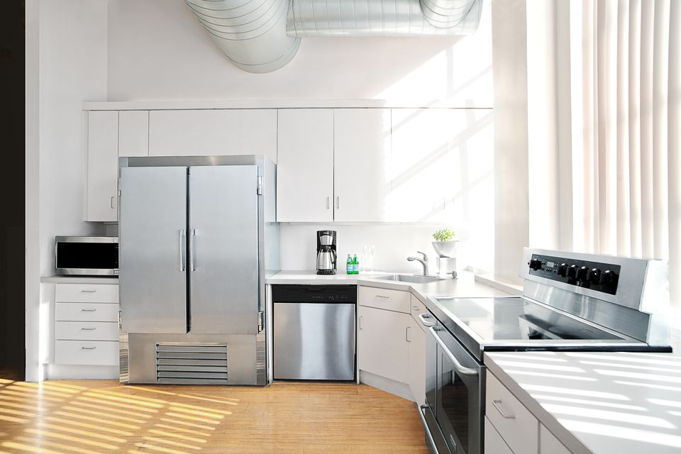 5 Kitchen Layouts Using L-Shaped Designs
