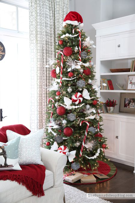 white and red christmas tree