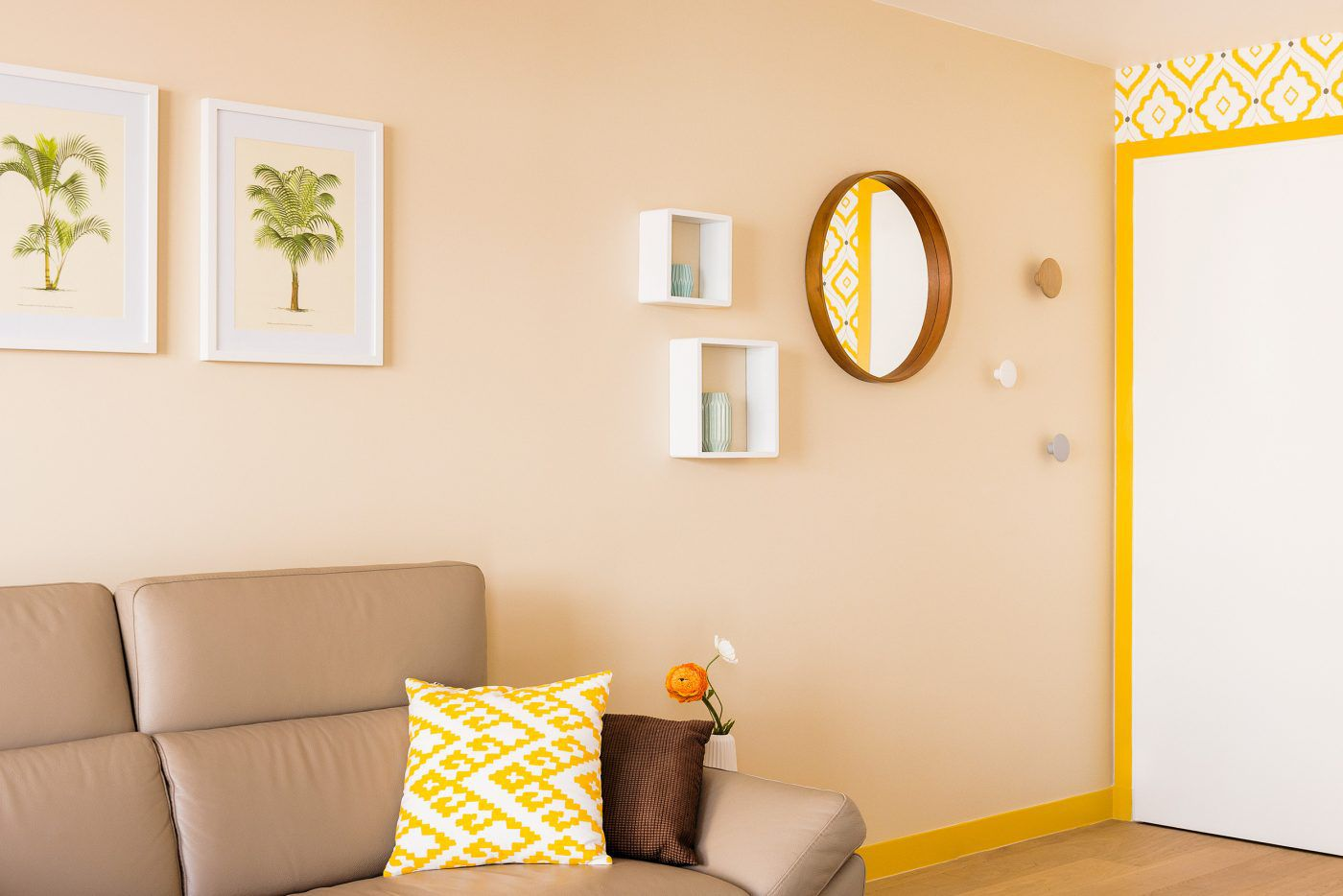 Warm Yellows and Creams color scheme