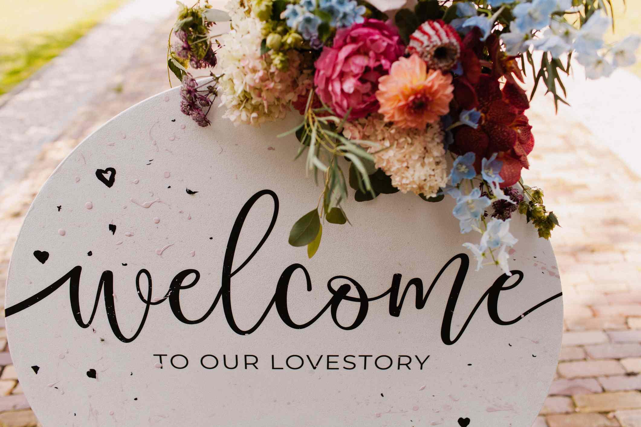 Wedding welcome sign lovestory