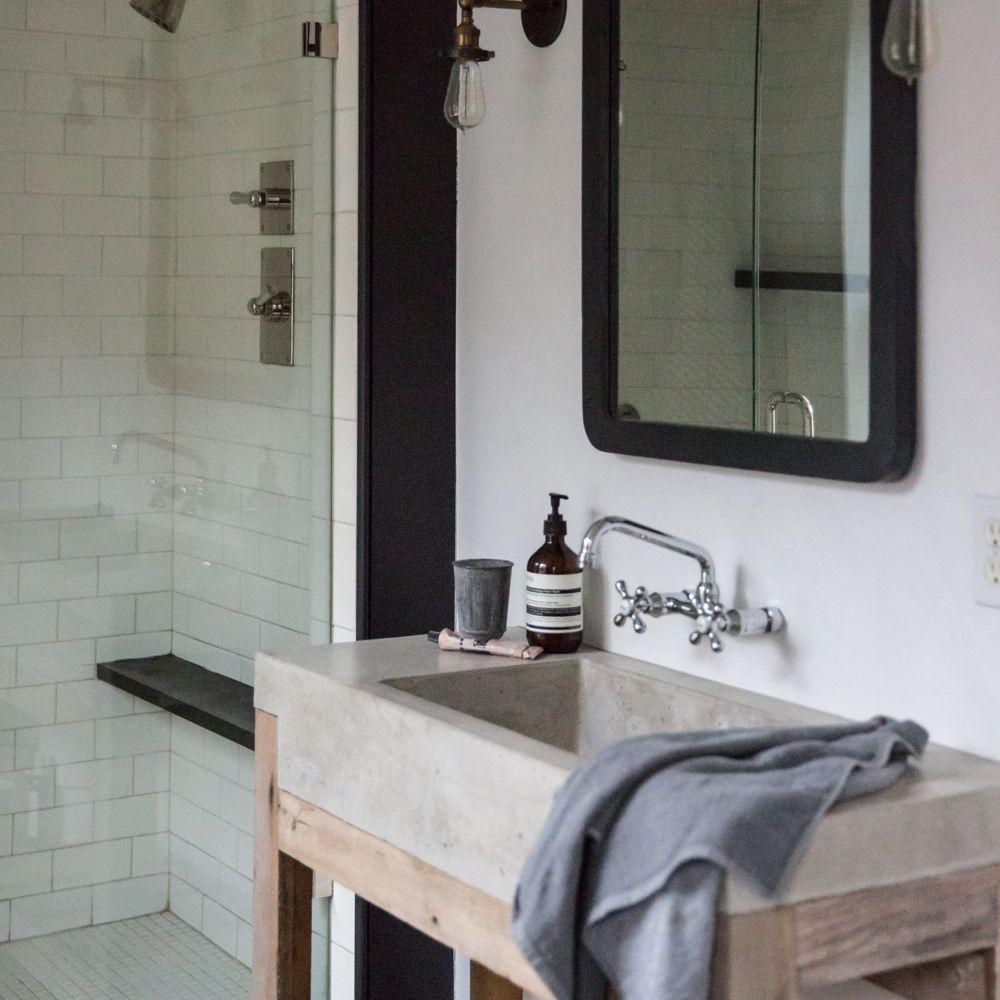 Modern farmhouse industrial bathroom