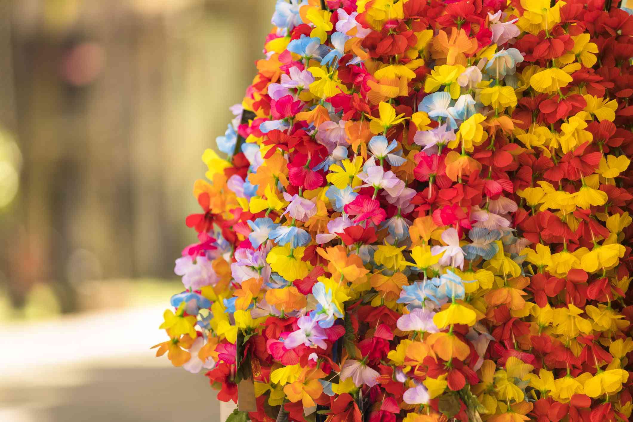 Colorful Hawaiian Lei Flower Necklaces For Sale in Honolulu Oahu