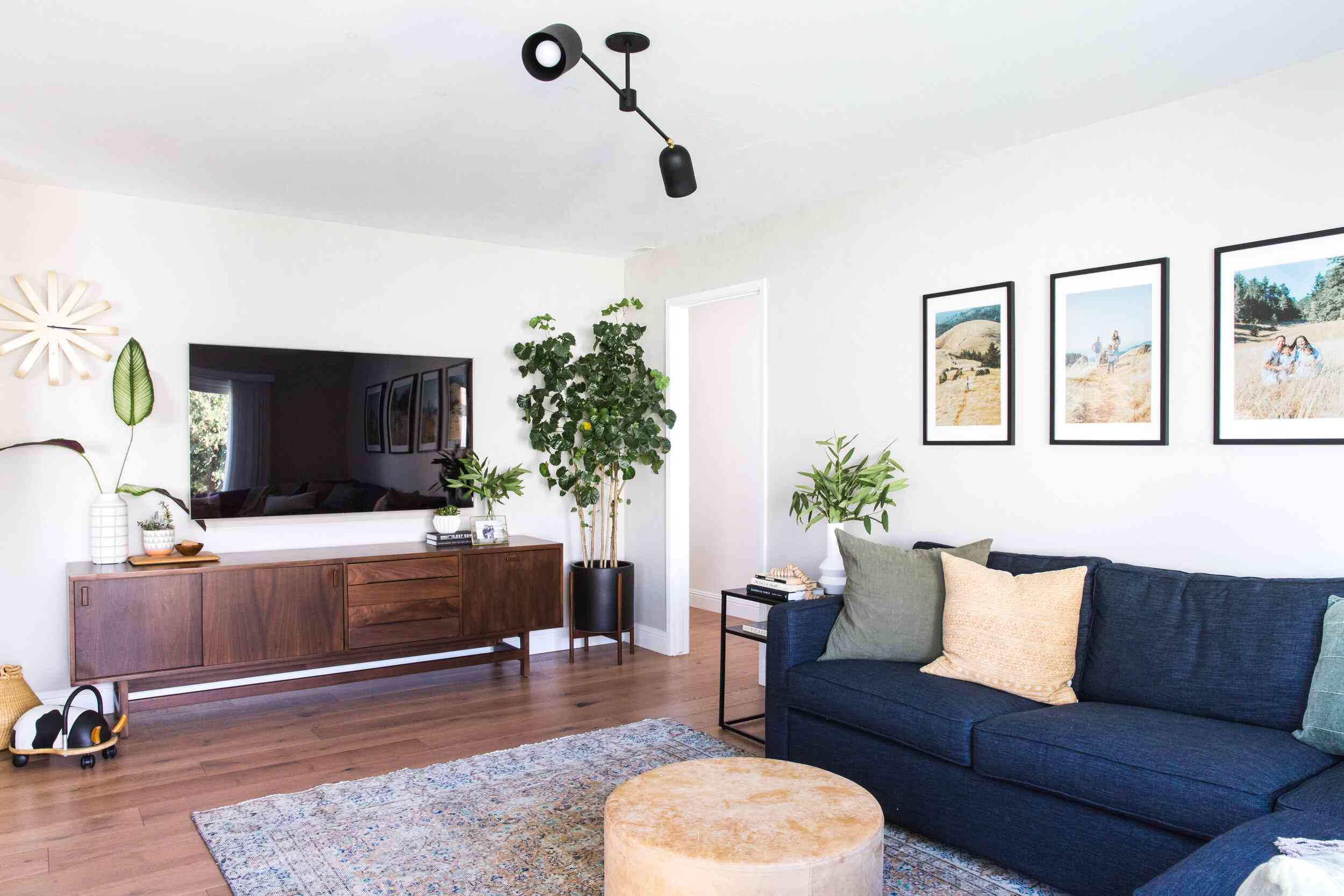 How To Decorate A Small Living Room, How To Decorate Small Living Room