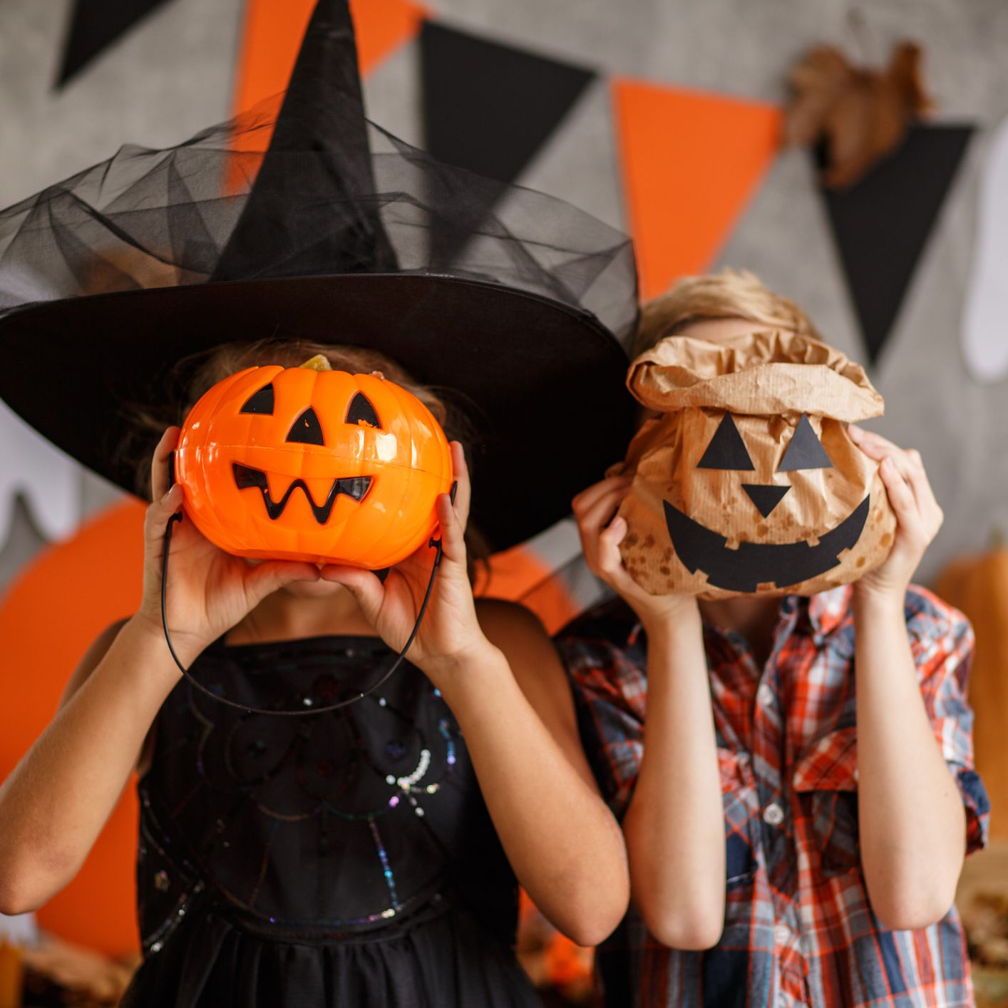 Halloween Party Ideas For 5 Year Olds.10 Ideas For A Kid Friendly Halloween Party