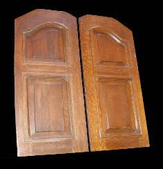 Puertas de café de madera recuperadas