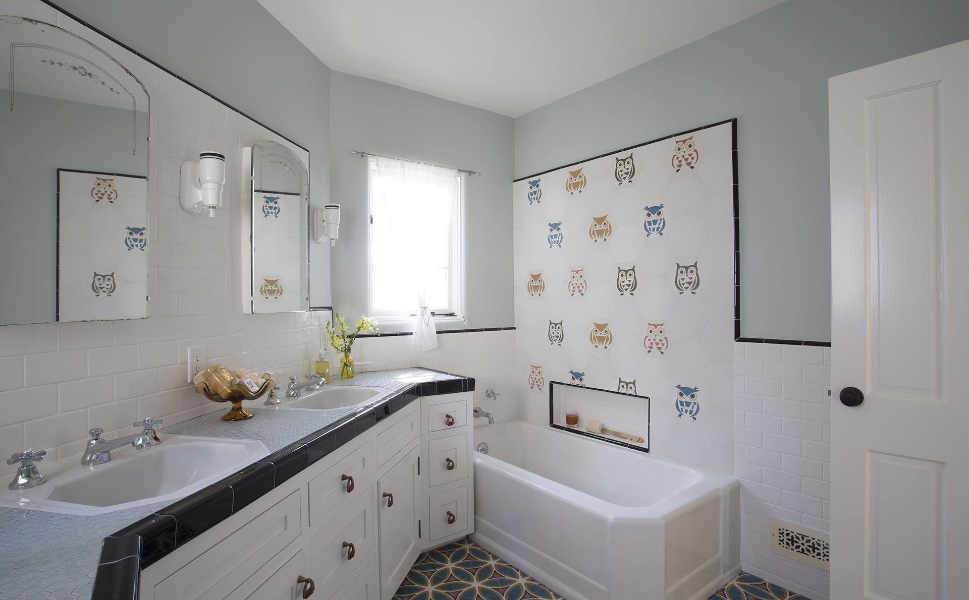 gray wall children's bathroom