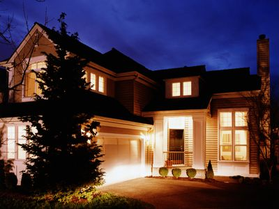 Controlling an outdoor security light choose the best outdoor security lights for your home aloadofball Choice Image