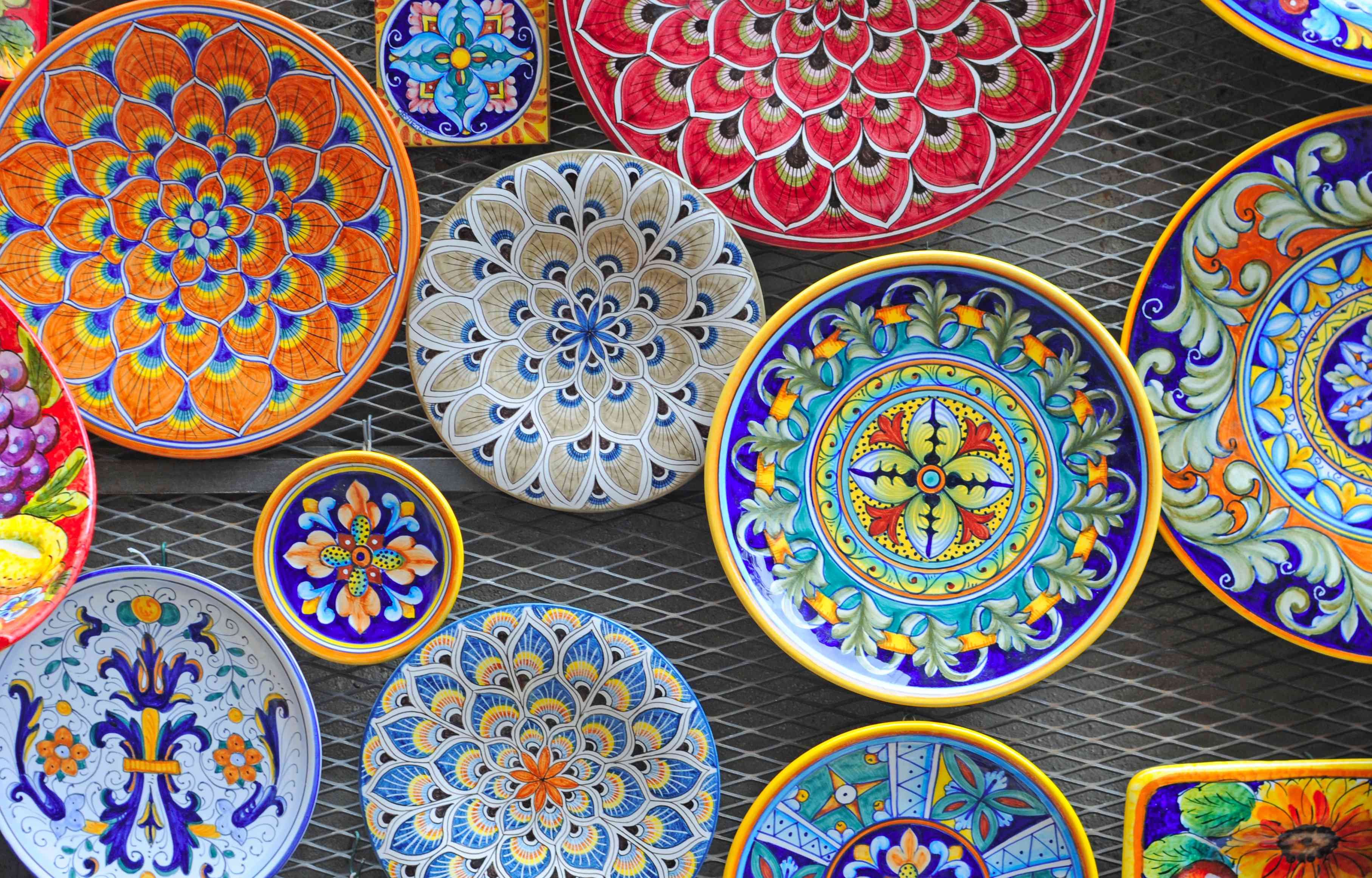 Painted ceramic dishes from Tuscany