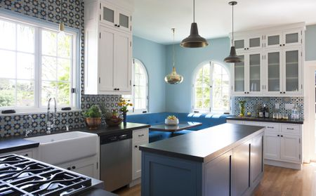blue and white modern kitchen - Paint Colors For Kitchen