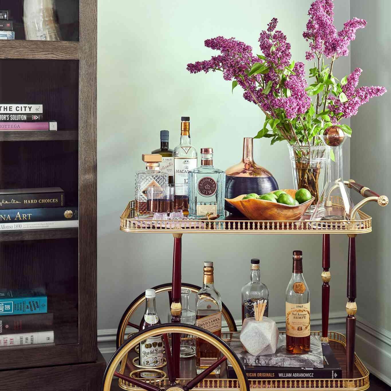 corner with mint walls, vintage bar cast positioned in corner