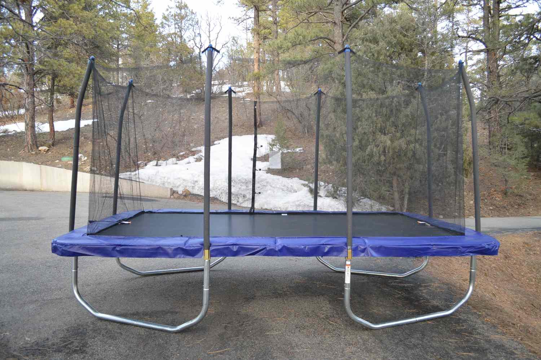 skywalker trampoline weight limit