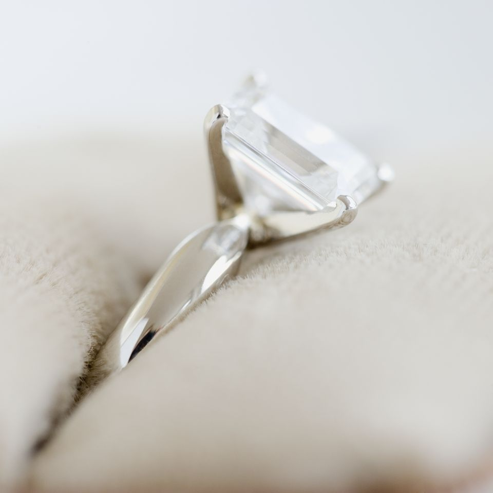 Traditional Wedding Anniversary Gifts By Year: 10-Year Wedding Anniversary Gift Ideas