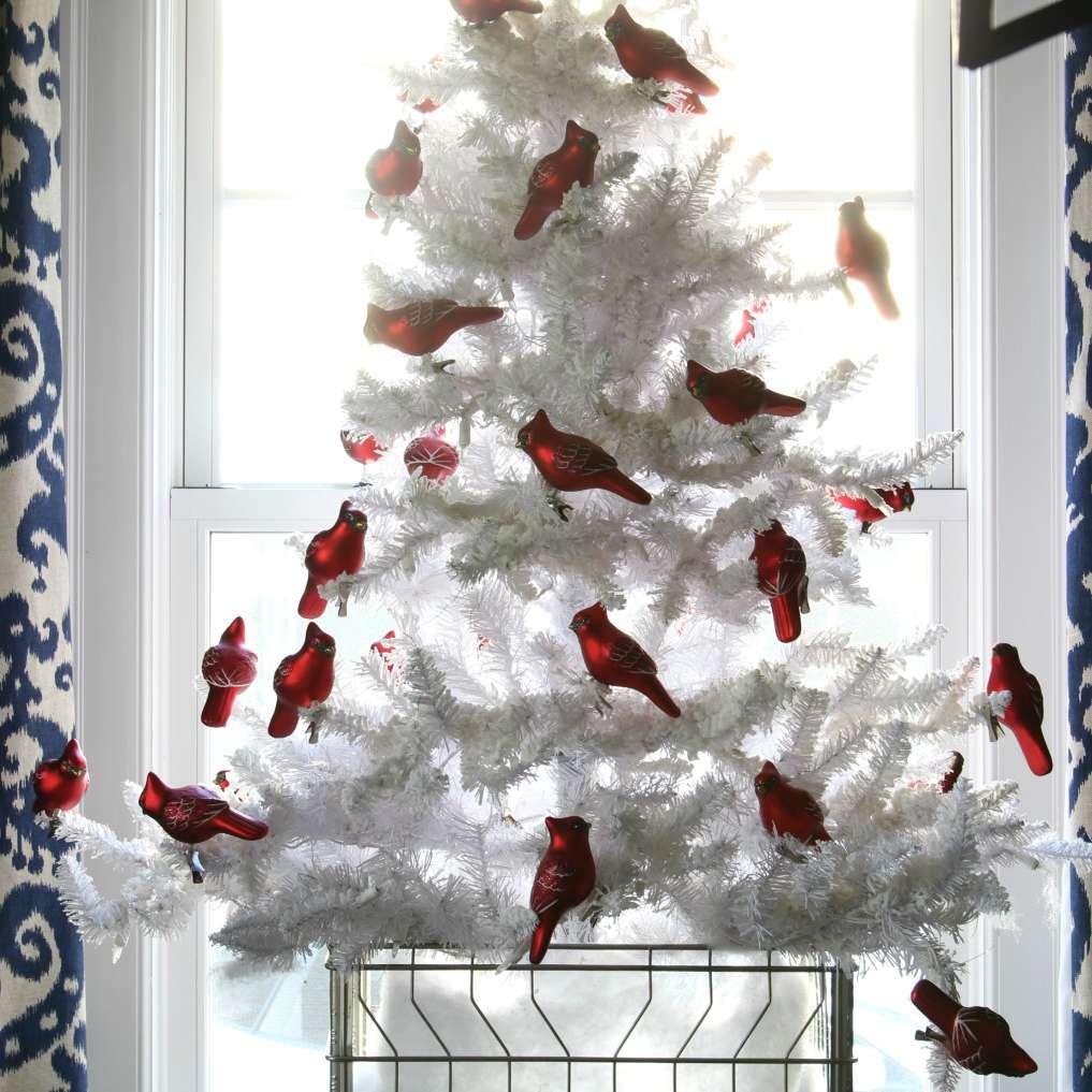white christmas tree with birds