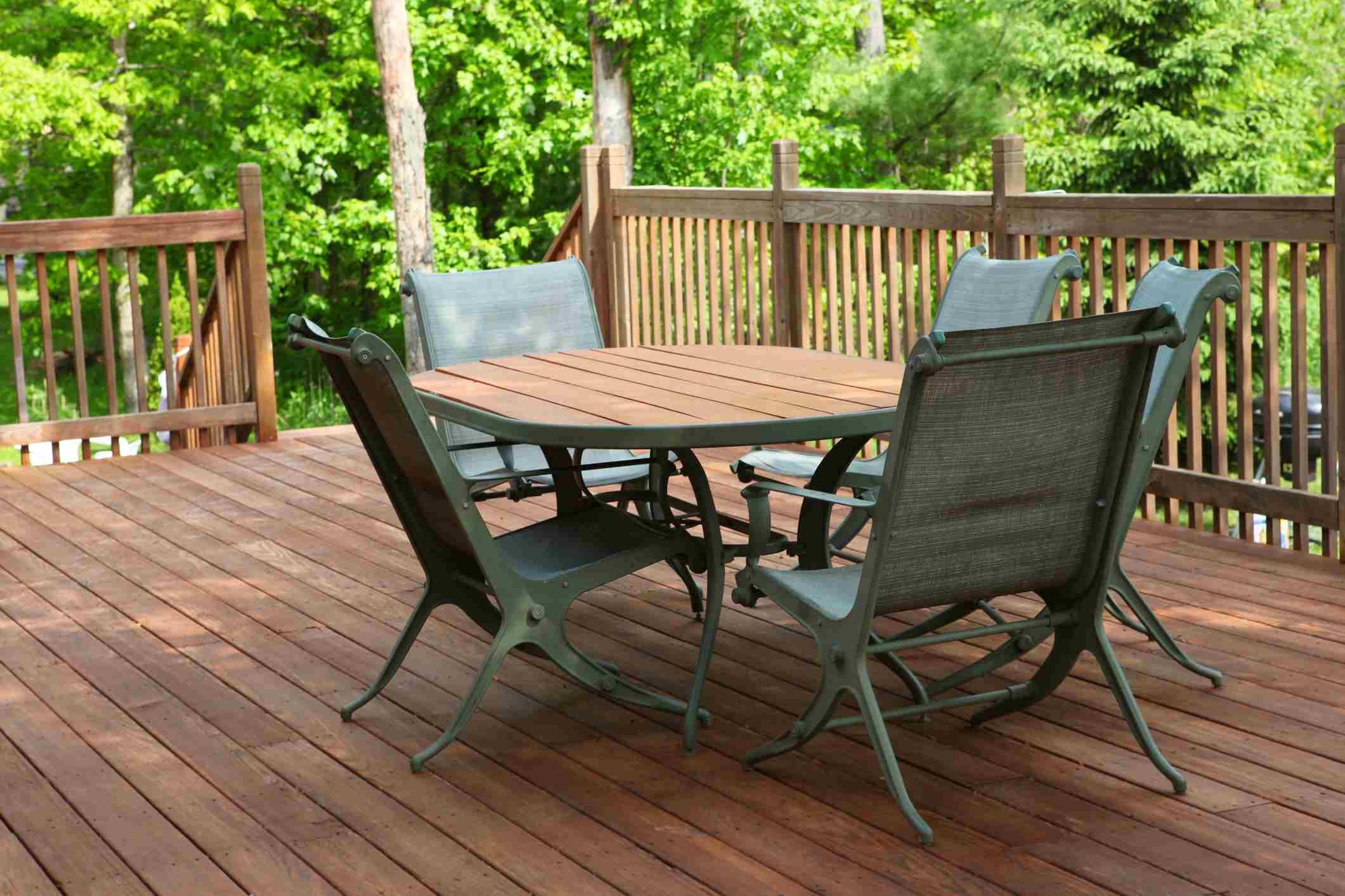 patio set on deck
