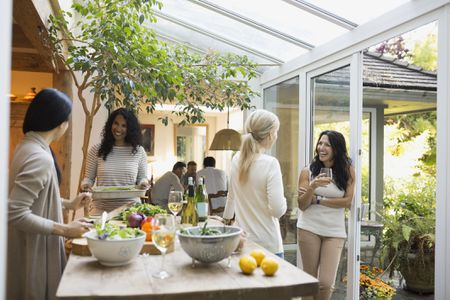 Open House Party Hosting and Etiquette Tips