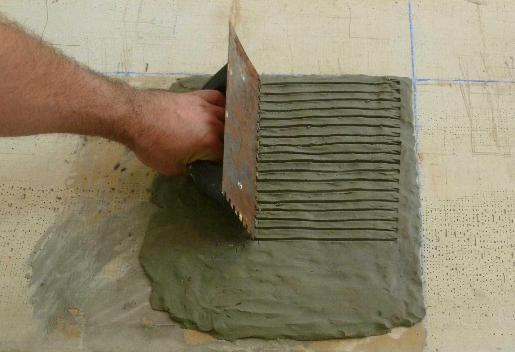 Spread Mortar For Slate Tiles