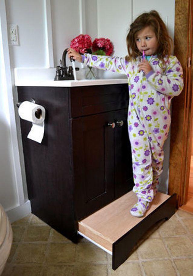 Kids' bathroom with built-in vanity stool