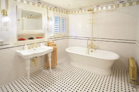 10 Beautiful Bathrooms With Pedestal Sinks on bathrooms with hardwood floors, bathrooms with storage cabinets, bathrooms with wainscoting, bathrooms with track lighting, bathrooms with copper sinks, bathrooms with kitchen cabinets, bathrooms with molding, bathrooms with corner sinks, bathrooms with vessel sinks, bathrooms with bowl sinks, bathrooms with windows, bathrooms with kitchen faucets, bathrooms with formica countertops, bathrooms with beadboard, bathrooms with wall mounted sinks, bathrooms with whirlpools, bathrooms with bathtubs, bathrooms with double sinks, bathrooms with square sinks, bathrooms with cabinet sinks,