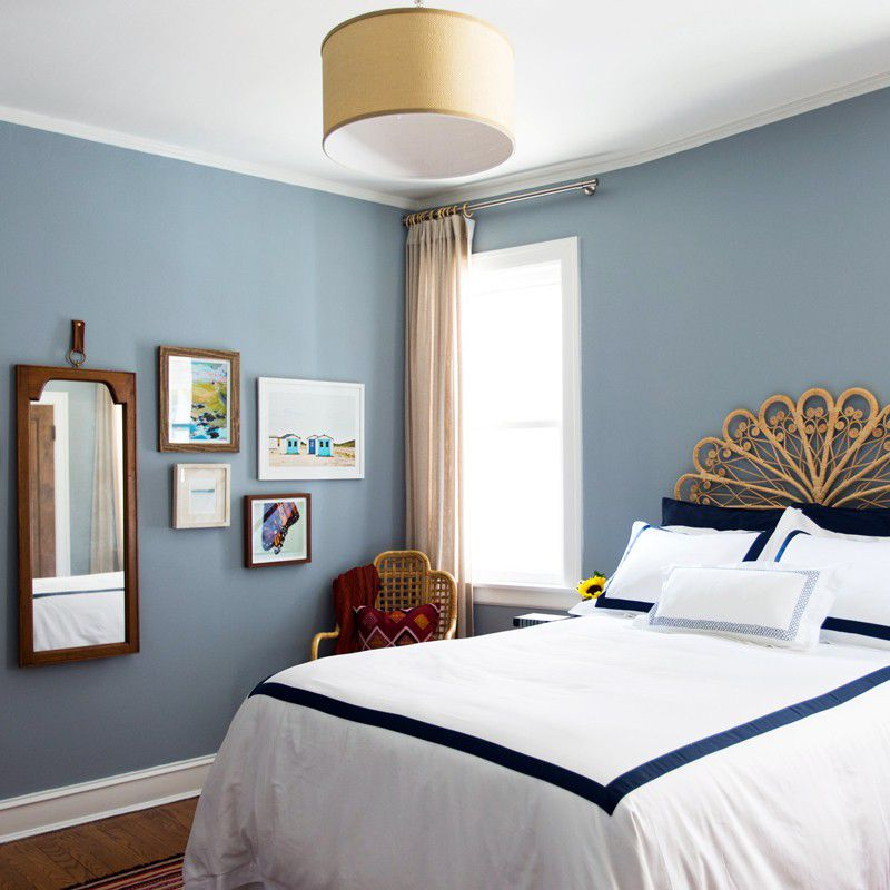 Claire Staszak bedroom
