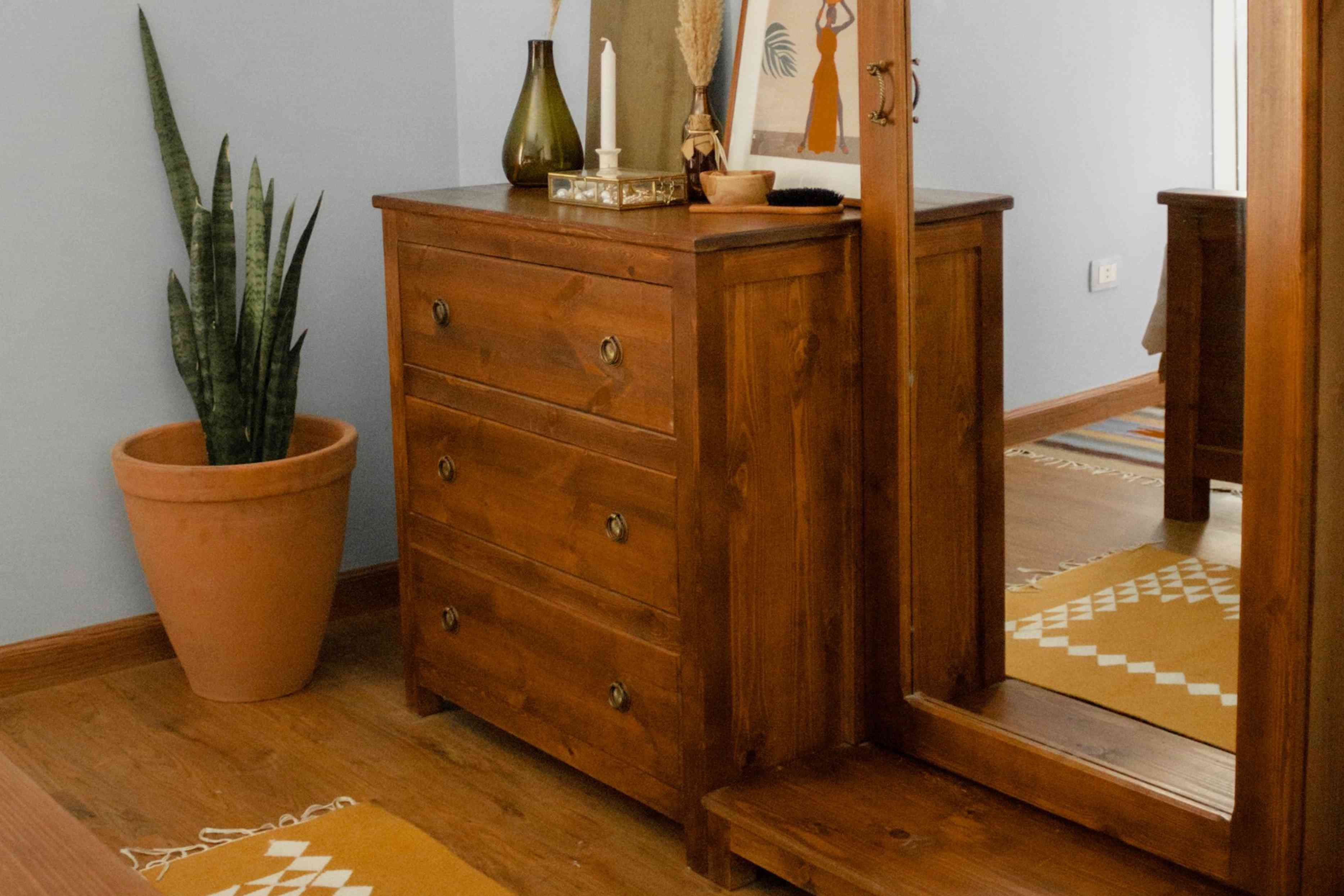 furniture choices in a bedroom