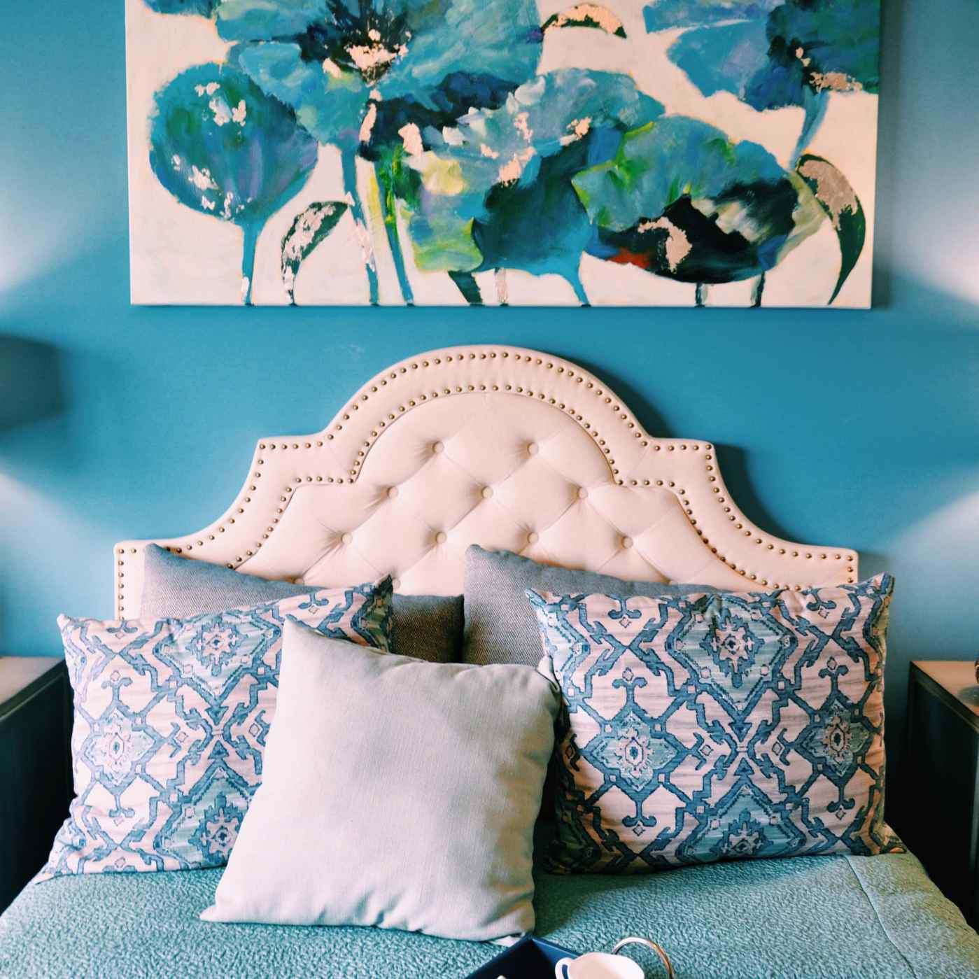 10 Ways to Transform a Boring Bedroom