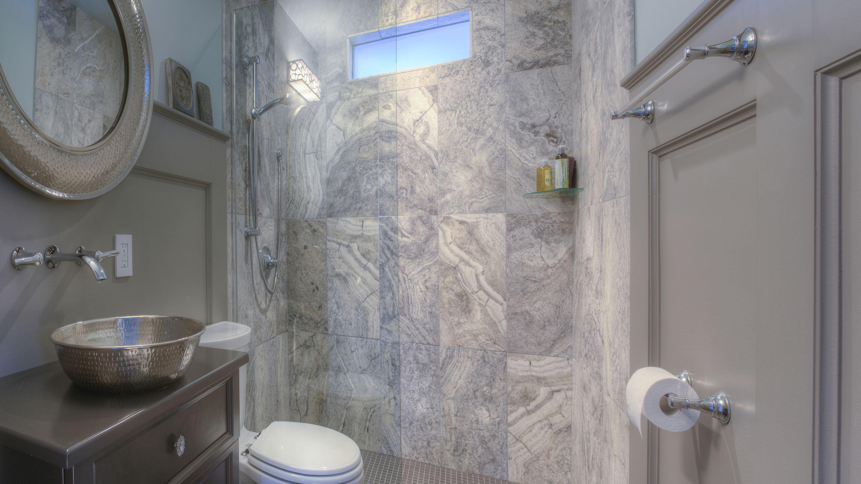 25 Professional Small Bathroom Design Tips