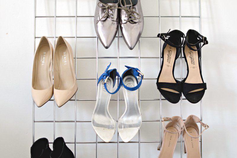 Wire grid shoe storage