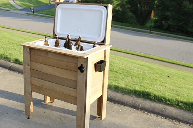 Picture of a wooden cooler holder