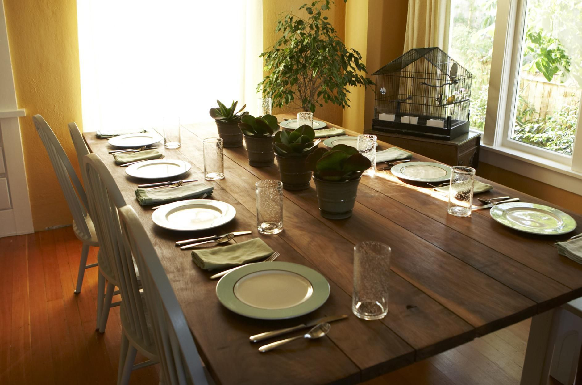 How to furnish a small dining room - How to decorate a small dining room ...