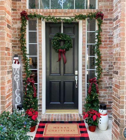 Door with garland