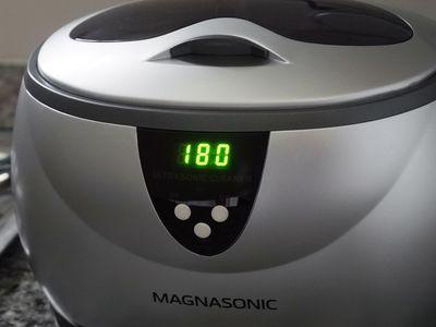 Magnasonic Professional Ultrasonic Jewelry and Eyeglass Cleaner