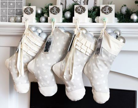 22 modern christmas decor ideas - Modern Christmas Decorating Ideas