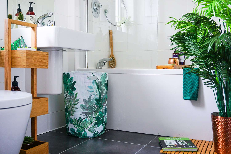 greenery in bathroom