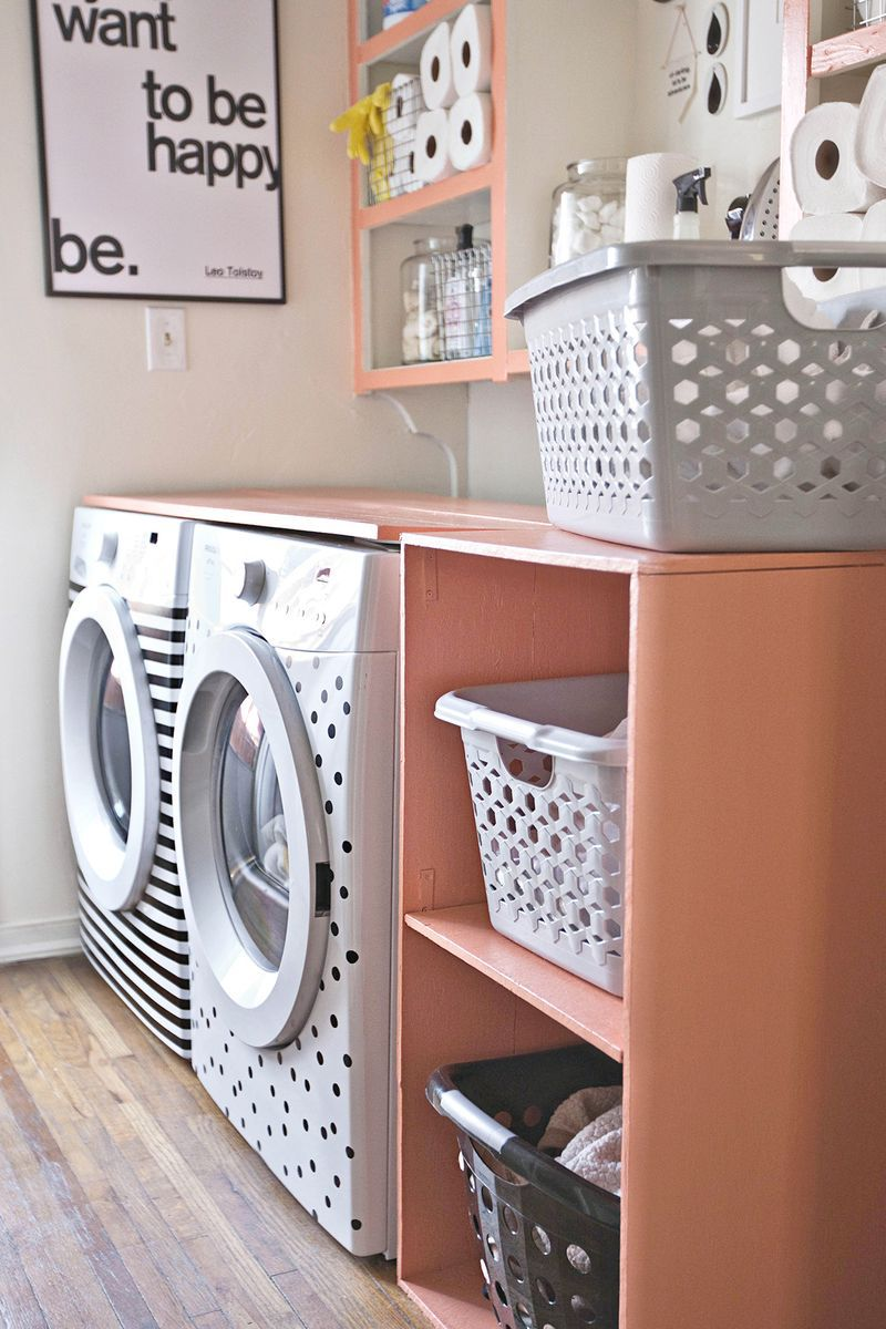 20 clever diy laundry room ideas diy laundry room shelf solutioingenieria Choice Image