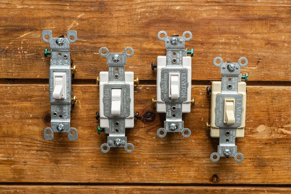 single pole, double pole, three way, four way light switches