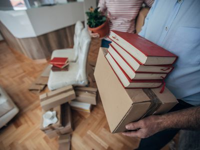Seniors husband and wife move into a new apartment
