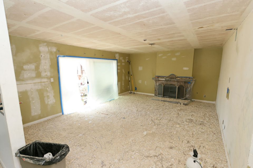 Brand-new The Best Way to Remove a Popcorn Ceiling AS93