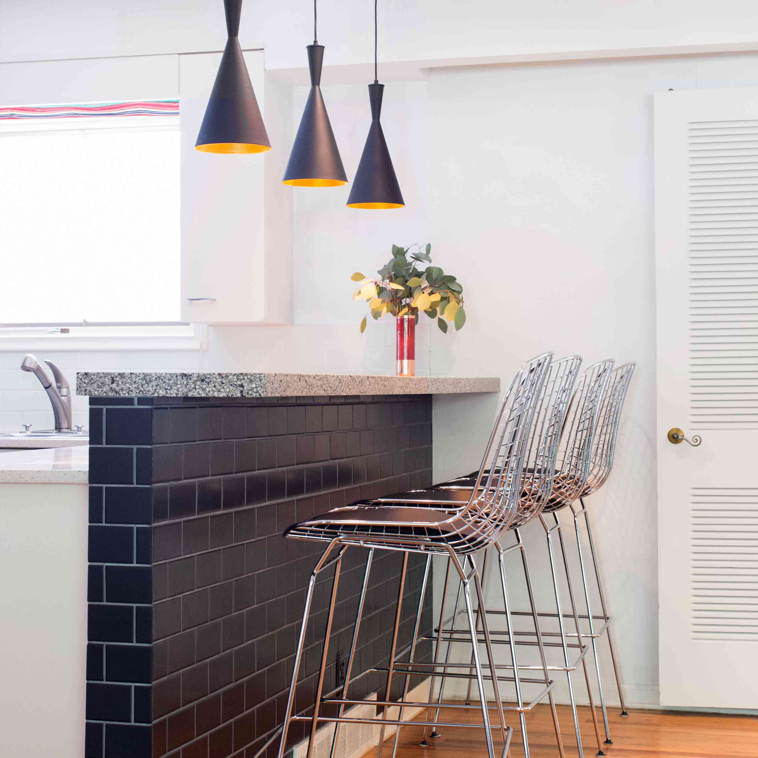 - 11 Ways To Beautifully Bring Black Subway Tile Into Your Home