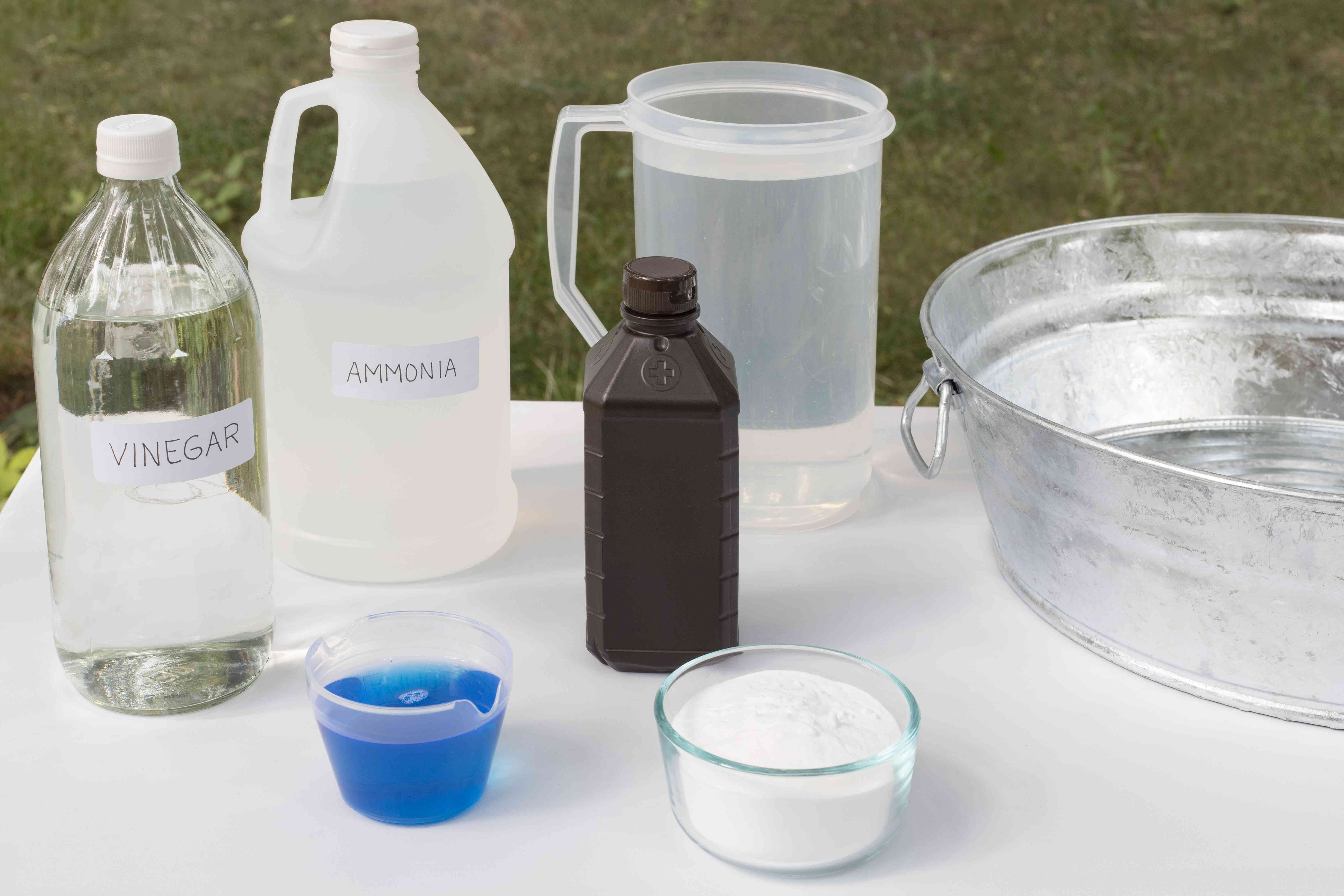 Materials and tools to remove skunk odor from clothes and camping equipment