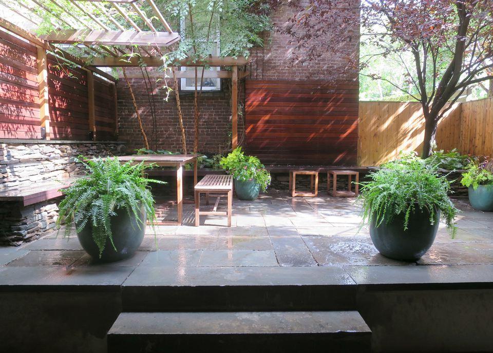 patio with pergola