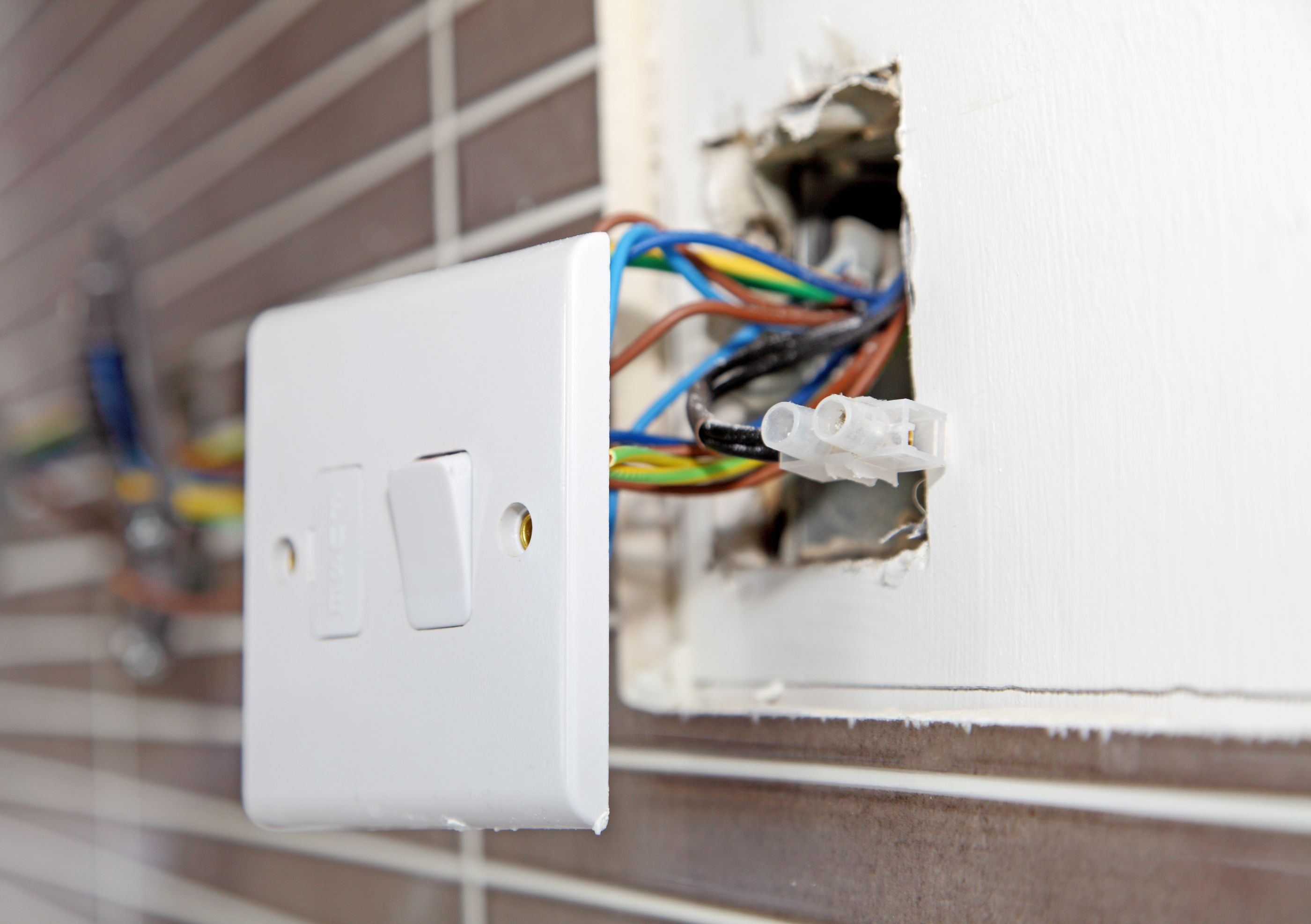 Troubleshooting Garbage Disposal Problems Wiring An Outlet Then Light Switch