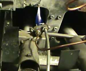 Standing pilot light with thermocouple