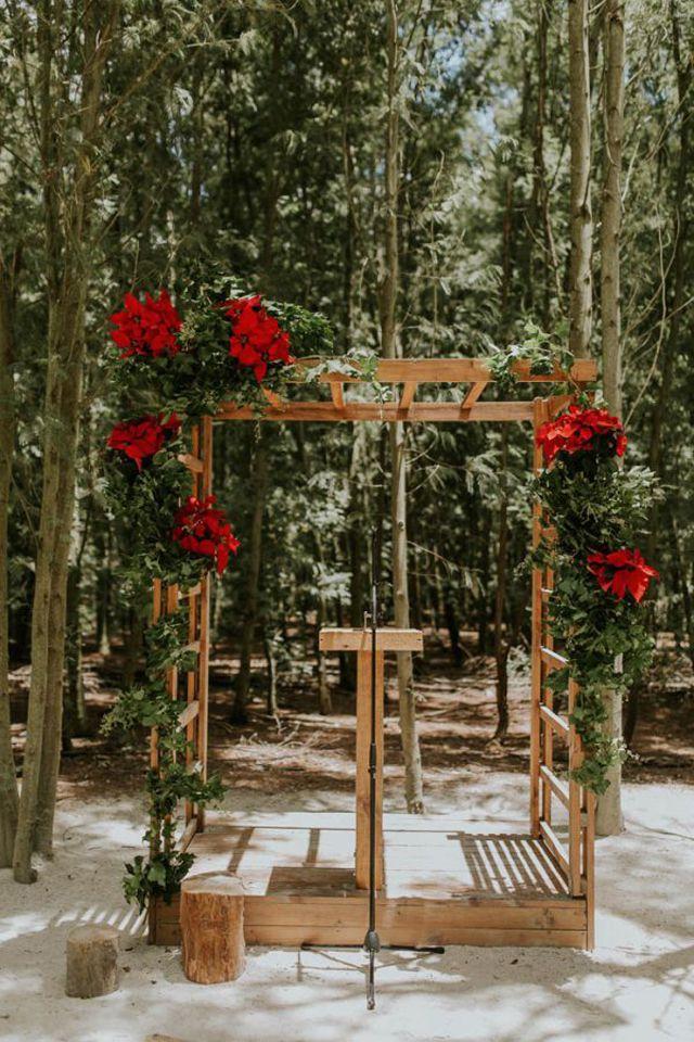 Poinsettia Winter Wedding Flower