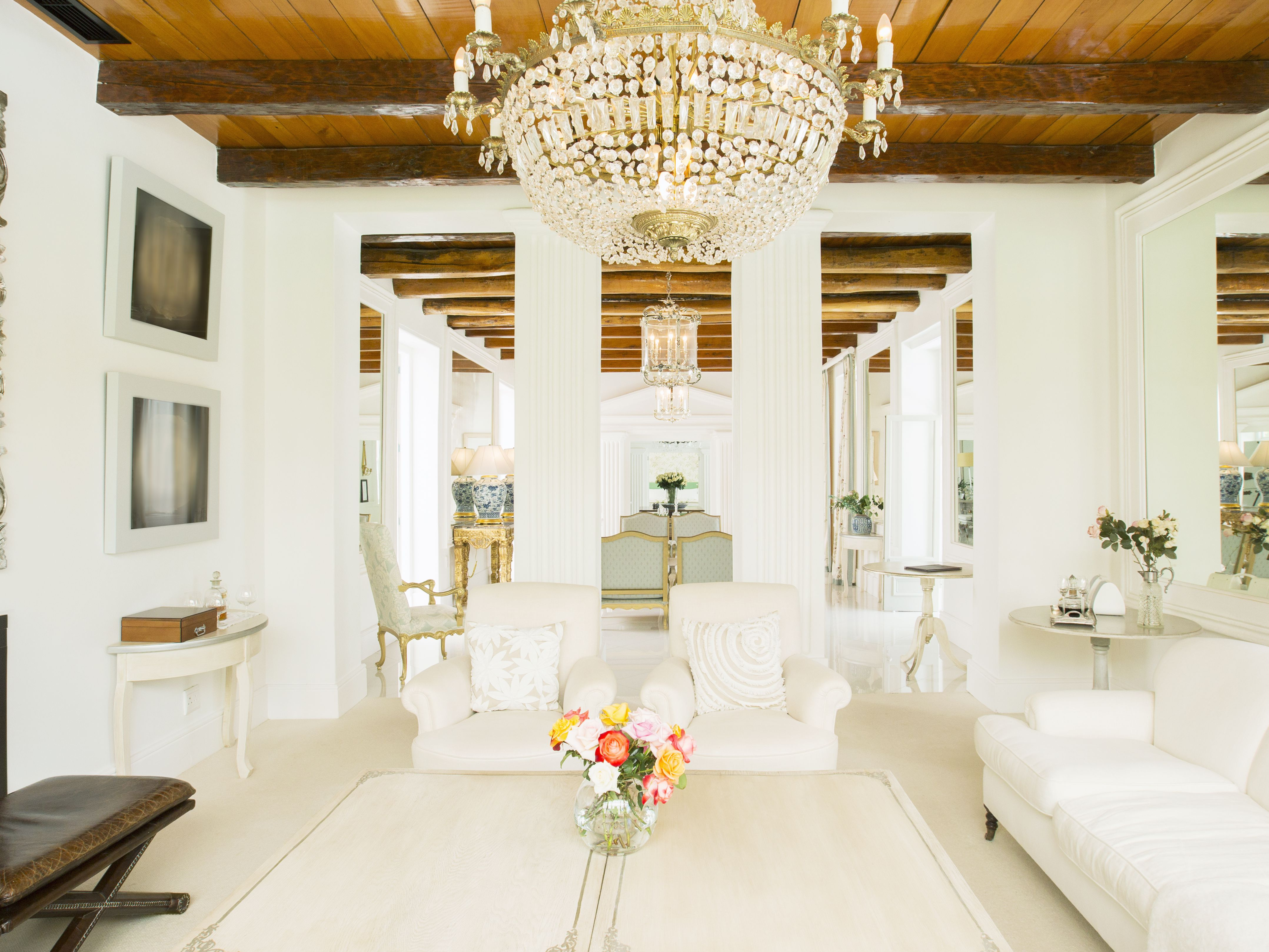 Formal Style Decorating For An Elegant Home