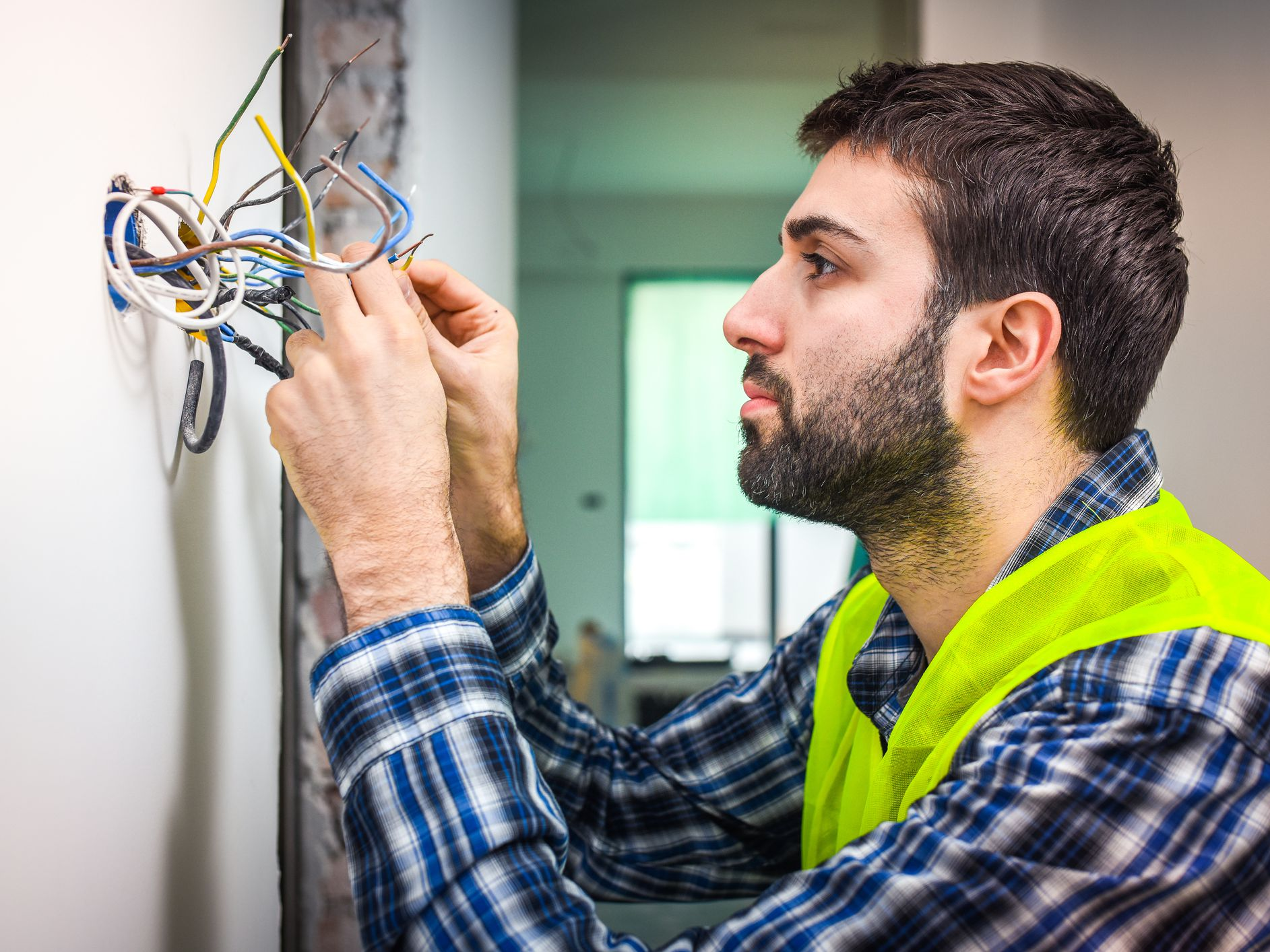 6 Common Wire Connection Problems and Their Solutions