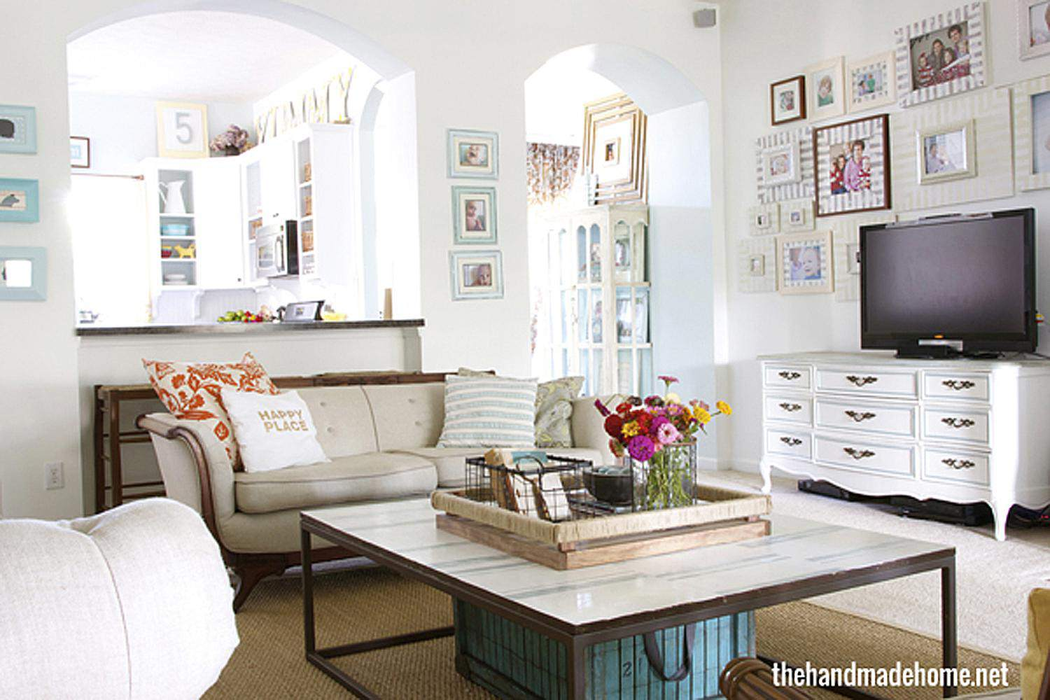 Super Organized Living Room Pictures